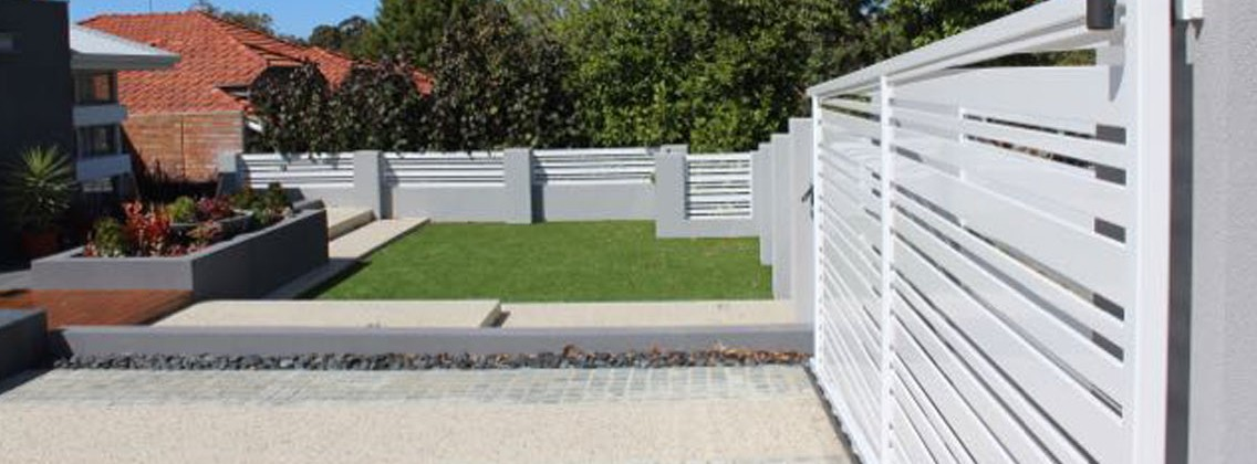 https://bnabricklayersperth.com.au/wp-content/uploads/2015/10/bricklayers-perth-brick-fence-1136x420.jpg